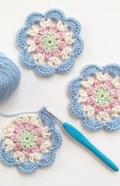 Crochet Diagonal Granny Square by Divonsir Borges WIP Sunday - What's on Your Hook? Week 2 Entry African Flower with 8 Petals (Square) by Nicole Hancock Free Pattern - Salvabrani Just Be Crafts: Learn To Crochet Square African Flower Work in progress, Ana Motifs Granny Square, Crochet Motifs, Granny Square Crochet Pattern, Crochet Blocks, Crochet Flower Patterns, Crochet Squares, Crochet Designs, Crochet Doilies, Crochet Flowers