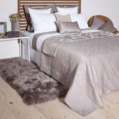 Winslet Bedspread and Cushion Cover Zara home Zara Home, How To Clean Bed, Bedspread, Comforters, Cushions, Blanket, Bedroom, Design, Furniture