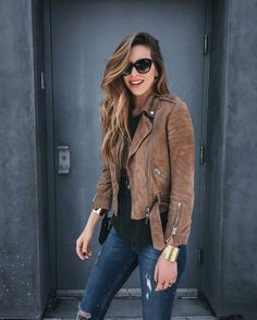 What to Wear This Weekend: Brown Suede Moto Jacket, Distressed Jeans, Cuffs, Cat-Eye Sunglasses Fashion Mode, Look Fashion, Fashion Outfits, Fall Fashion, Fashion Trends, Leather Jacket Outfits, Suede Moto Jacket, Brown Jacket Outfit, Brown Suede Jacket