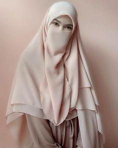 Latest hijab fashion style for girls 2020 | nakab style 2020 | fashion trends #hijaabStyle #nakabstyle #fashiontrends Niqab Fashion, Modern Hijab Fashion, Muslim Women Fashion, Islamic Fashion, Hijabi Girl, Girl Hijab, Hijab Dp, Hijab Dress, Arab Girls Hijab