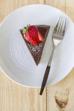 Flourless Chocolate Cake | Daydream Kitchen One of my all time favorites!