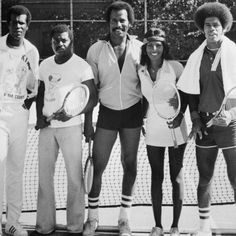 CIRCA (L-R) Tony King, Urville Martin, Fred Williamson, Pam Grier and Jim Kelly pose for a portrait playing tennis on the streets of Harlem 1975 in in New York. (Photo by Michael Ochs Archives/Getty Images) Native American Images, African American History, Fred Williamson, Jim Kelly, Black Actors, Black Celebrities, Celebs, Foxy Brown, Epic Photos
