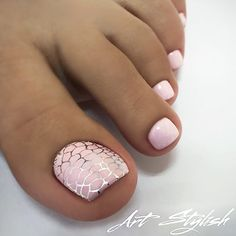 ✨ Soft pink toe nails with silver snake skin print • #Repost : Picture and Nail Design by @artstylish Follow @artstylish for more gorgeous nail art designs! •