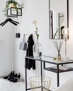 Another great styling of a Ikea 'Vittsjö' desk