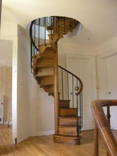 this wood spiral staircase is exactly what me an my man have been talkin about dream house. Black Bedroom Furniture Sets. Home Design Ideas