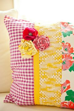 diy vintage pillow