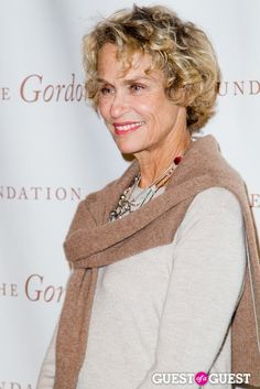 lauren hutton; really like the hair cut/style