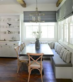 Interesting Cheap Farmhouse Curtains Ideas Decoration Interesting Cheap Farmhouse Curtains Ideas Decoration home decor Banquette Seating In Kitchen, Kitchen Benches, Dining Nook, Dining Room Design, Dining Room Bench Seating, Corner Bench Kitchen Table, Dining Room Windows, Large Dining Rooms, Kitchen With Nook