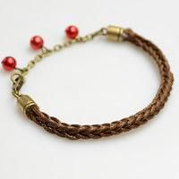 How to Make a Friendship Bracelet with 8 Strings and Pearl Dangles