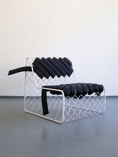 Unique chair design resource to help you become lovely Vintage Industrial Furniture, Funky Furniture, Classic Furniture, Unique Furniture, Furniture Design, Furniture Removal, Furniture Stores, Furniture Buyers, Furniture Cleaning