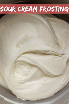 Creamy Sour Cream Frosting is tangy, creamy and all around delicious frosting that can be used to layer sponge cakes or puff pastry cakes. Cherries, walnuts and berries can be used in combination with the flavors of this frosting. Chocolate Whipped Cream Frosting, Cookies And Cream Frosting, Sour Cream Frosting, Sour Cream Cake, Fondant, Make Cream Cheese, Salty Cake, Frosting Recipes, Cake Recipes