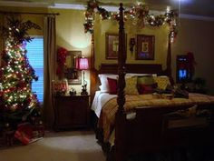 Try Out These Fun Christmas Bedroom Decoration Ideas That Are In Sync With The Holiday Mood