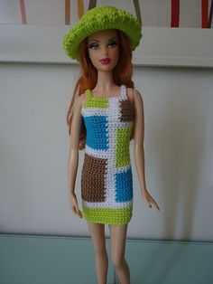 Ravelry: Barbie Colorblock Mod Sheath Dress pattern by Dez Alyxander...........free pattern: