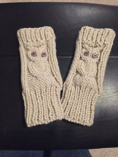 Owl hand warmers knitting project by Lisa J Knitting Patterns Free, Knit Patterns, Free Pattern, Wrist Warmers, Hand Warmers, Mitten Gloves, Mittens, Knitting Projects, Knitting Ideas