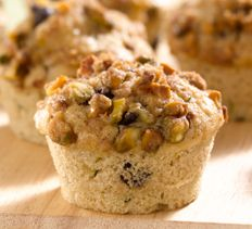 Zucchini-Chocolate Chunk Muffins with Pistachio Streusel > Cooking Club of America