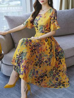 Fantastic women dresses are offered on our web pages. Have a look and you wont be sorry you did. Casual Dresses, Fashion Dresses, Summer Dresses, Summer Maxi, Chiffon Dress, Dress Skirt, Frock Patterns, Outfit Trends, Flower Dresses