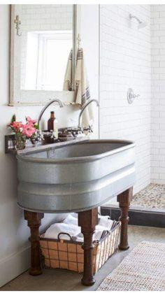 120 Modern Farmhouse Bathroom Design Ideas And Remodel – Home Design Tennessee Cabins, Interior Design Minimalist, Sweet Home, Rustic Bathrooms, Bathrooms Decor, Cabin Bathrooms, Modern Rustic Interiors, Rustic Modern, Interior Modern