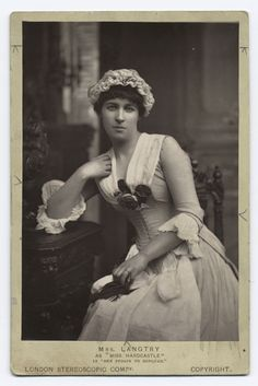 Actress Lillie Langtry in her theatrical debut as Kate Hardcastle in She Stoops To Conquer, performed at London's Haymarket Theater in Langtry was eventually to become the mistress of King. Get premium, high resolution news photos at Getty Images Vintage Photos Women, Vintage Photographs, Vintage Images, Vintage Pictures, Vintage Ladies, Women In History, British History, Windsor, Lillie Langtry