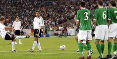 Deutschland siegt gegen Irland - EM-Qualifikation - Mit 1:0 hat sich Deutschland in der EM-Qualifikation gegen Irland durchgesetzt.