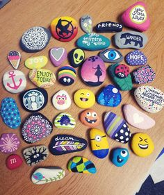Super 80 Top Painted Rock Art Ideas with quotes that you can do - Dekoration DIY - Art Pebble Painting, Pebble Art, Stone Painting, Diy Painting, Rock Painting Ideas Easy, Rock Painting Designs, Paint Designs, Rock Painting For Kids, Painting Patterns