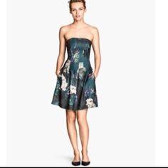 As Seen On Lena Dunham!!!  H&M Bandeau Dress