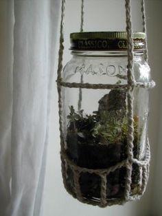 How to crochet a hanging terrarium planter