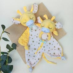 Baby Bug, Baby Lovey, Diy Doll Pattern, Lovey Blanket, Baby Comforter, Stuffed Animal Patterns, Softies, Kids And Parenting, Baby Toys