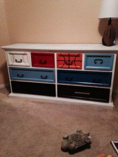 J sports Dresser