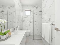Marble bathroom Wall Hung Toilet, White Vanity, Bathroom Design Small, Carrara Marble, Floor Space, White Bathroom, White Marble, Sink, Bathtub