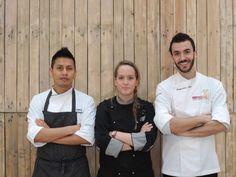 Lo staff Mare e Luna vi aspetta con il sorriso! #ristorante#lavoro#brigata#mareeluna#rimini#amici