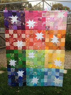 Luellabella: TGIFF :: the one about my rainbow reverse star quilt