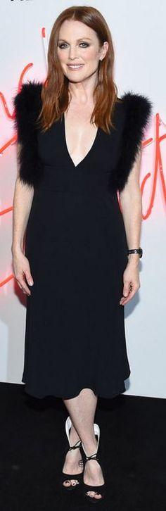 Who made Julianne Moore's black dress?