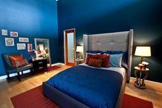 déco-chambre-adulte-peinture-bleu-marine-tableau-déco