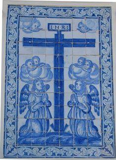 Painel de azulejos da Casa da Inquisição, no Centro Histórico da vila de Monsaraz.