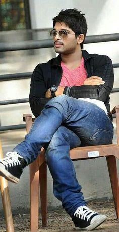 Smarty # Allu Arjun - My Frisuren Crochet Braids, Crochet Braid Styles, Crochet Hair, Actor Picture, Actor Photo, Allu Arjun Hairstyle, Dj Movie, Actors Images, Stylish Boys