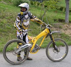 Sexiest DH bike thread. Don't post your bike. Rules on first page. - Page 2312 - Pinkbike Forum