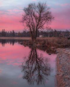 ***Karlskoga sunset (Sweden) by Christoffer Collin (@wisslaren) on Instagram E