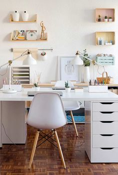 White home office with two sided white office desk and white office chairs. - White home office with two sided white office desk and white office chairs. Mesa Home Office, Home Office Space, Home Office Desks, Office Chairs, At Home Office Ideas, Apartment Office, Home Office Furniture Ideas, Office In Bedroom Ideas, Home School Room Ideas
