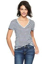 Essential striped V-neck T