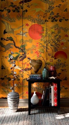 This oriental wallpaper in our Mind the Gap collection is simply stunning. Inspired by classical Japanese art, it will create a mesmerising feature wall. Metallic Wallpaper, Unique Wallpaper, Wallpaper Panels, Print Wallpaper, Wallpaper Feature Walls, Gold Chinoiserie Wallpaper, Oriental Bedroom, Oriental Decor, Oriental Design