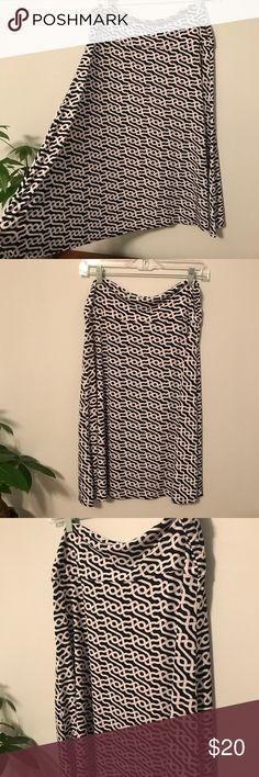 ❤️5 for $25❤️ Lularoe Azure skirt Lularoe Azure skirt with black, white and pink pattern.  Great condition. LuLaRoe Skirts Circle & Skater