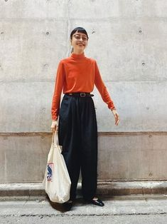 Coordination of orange tops and black wide pants. If the color contrast is strong like this . Fashion Images, Look Fashion, Daily Fashion, Girl Fashion, Fashion Outfits, Fashion Design, Japanese Street Fashion, Korean Fashion, Fall Capsule Wardrobe