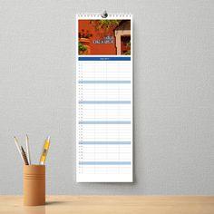 Unser personalisierter Familienkalender ein ganz persönliches Schmuckstück für die Wand. Auf jedem Kalenderblatt kann der Familienname in eines von über 400 auswählbaren Motiven integriert werden. ...