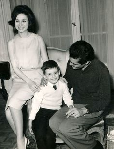 faten hamama and omar sherif with their son tarek
