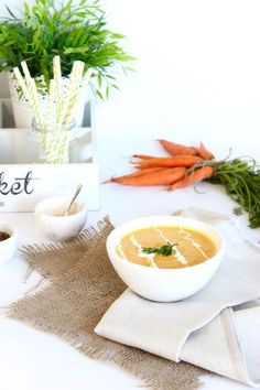 Spiced Cauliflower Soup recipe from The Fit Fodie. Simple, nutritious recipe that is low in calories and super tasty. Spiced Cauliflower, Cauliflower Soup Recipes, Vegan Soup, Healthy Soup, Thermomix Soup, Nutritious Meals, Comfort Foods, Casseroles, Food Ideas