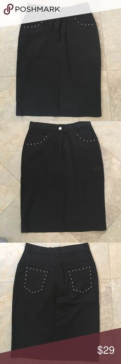 NEW BLACK PENCIL SKIRT NEW BLACK PENCIL SKIRT.  Has 2 front & back pockets with diamond embellishments.  NEW without tags.  Size Small. Chiquita Paris Skirts Pencil