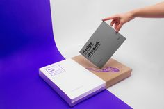 NO WIFI - SURVIVAL KIT | Abduzeedo Design Inspiration