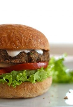 Mexican Black Bean Burger Recipe - a meatless burger recipe with lots of Mexican spices. Black beans, lentils, jalapenos.