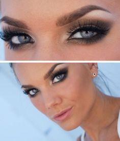 Glamorous Smoky Eyes