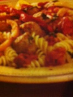 Easy crockpot recipes: Chicken Sausage and Peppers Crockpot Recipe Italian Crockpot Recipes, Slow Cooker Recipes, Cooking Recipes, Healthy Recipes, Crockpot Ideas, Sausage And Peppers Crockpot, Chicken Sausage, Crock Pot Cooking, Clean Eating Recipes